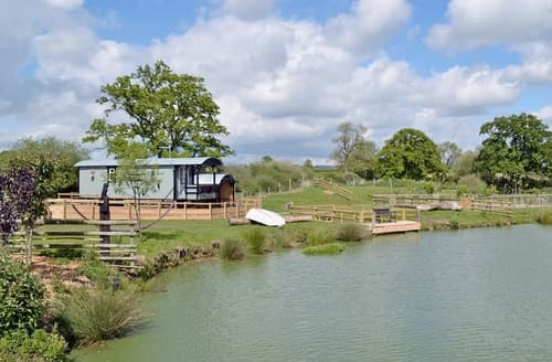 Last Minute Cottages - Inviting Shaftesbury Lodge S25876