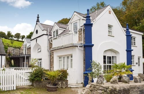 Last Minute Cottages - Superb Tenby Cottage S124117