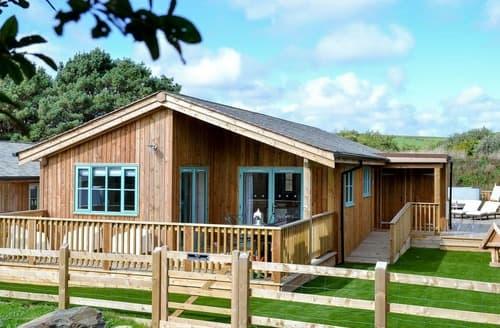 Last Minute Cottages - Splendid St Columb Major Lodge S122196