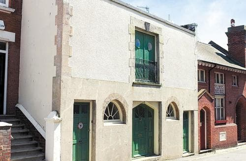 Last Minute Cottages - Attractive Hastings Apartment S13952