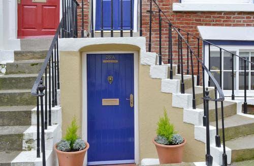 Last Minute Cottages - Inviting Scarborough Apartment S46232