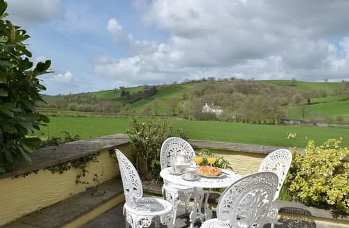 Last Minute Cottages - Excellent Carmarthen Cottage S98294