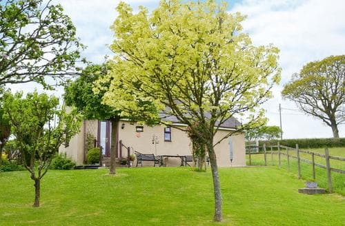 Last Minute Cottages - Oakwood, Venbridge Farm