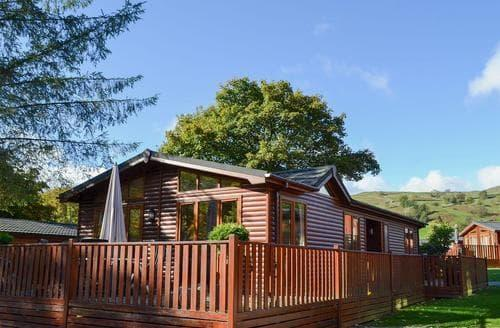 Last Minute Cottages - Swallows Lodge