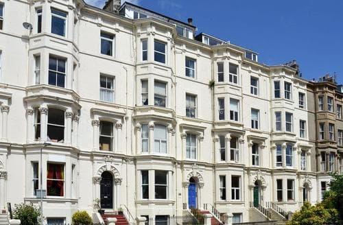 Big Cottages - Beautiful Scarborough Apartment S50629