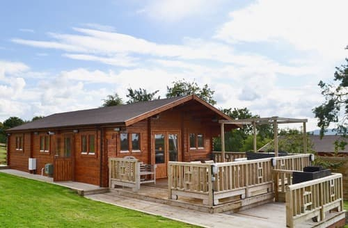 Last Minute Cottages - Beautiful Worcester Lodge S41273