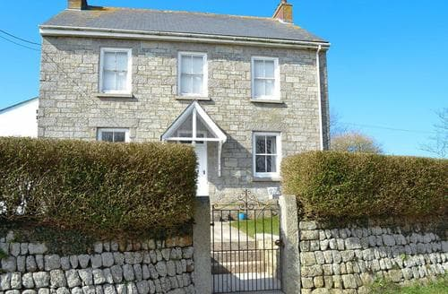 Last Minute Cottages - Lovely Marazion Apartment S21216