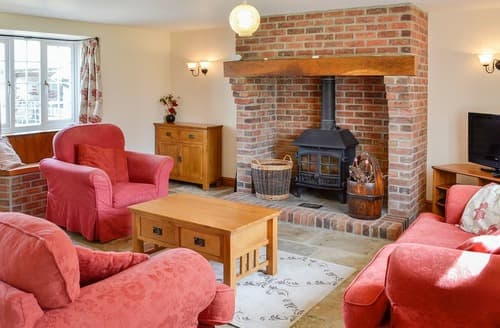 Last Minute Cottages - Heather Cottage - UKC3376