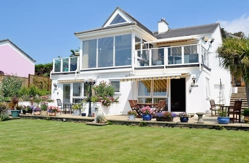 Last Minute Cottages - Delightful Marazion Apartment S21237