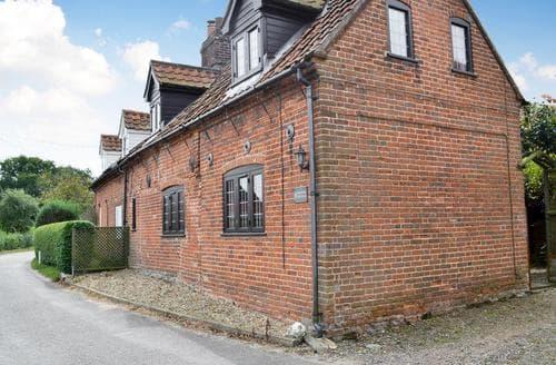 Last Minute Cottages - Walpole Cottage