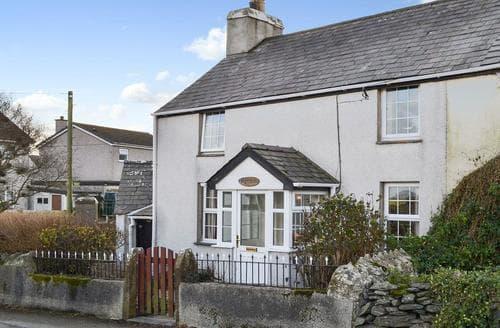 Last Minute Cottages - Quaint Holyhead And Trearddur Bay Cottage S88202