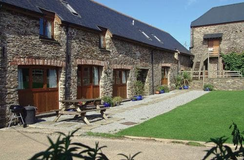 Last Minute Cottages - Tasteful Totnes Cottage S92499