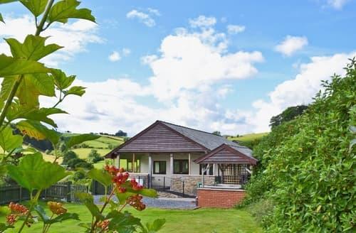 Last Minute Cottages - Heyope Cottage