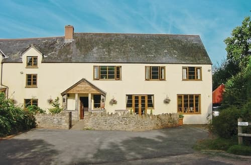 Last Minute Cottages - Luxury Monmouth Cottage S21628