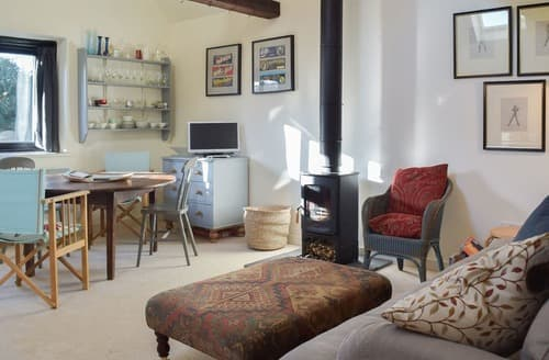 Last Minute Cottages - Gorgeous Halesworth Cottage S123289