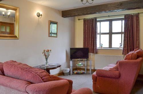 Last Minute Cottages - Big Barn - 16439