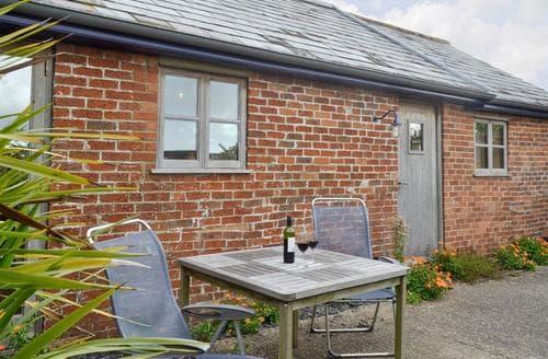 Last Minute Cottages - Lovely Wimborne Cottage S19972