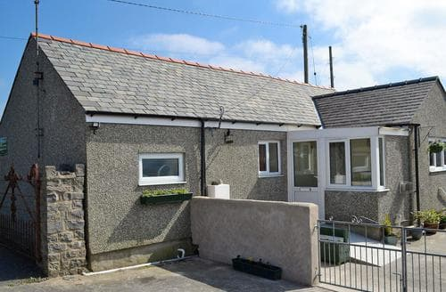 Last Minute Cottages - Stunning Rhosneigr And Aberffraw Cottage S80941