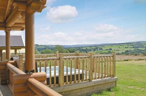 Last Minute Cottages - Tasteful Hexham Lodge S24847