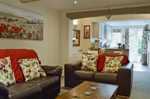 Last Minute Cottages - Wonderful Stratford Upon Avon Cottage S98254
