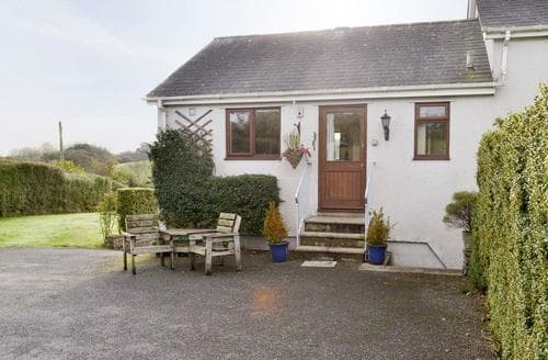 Last Minute Cottages - Tasteful Totnes Cottage S19508