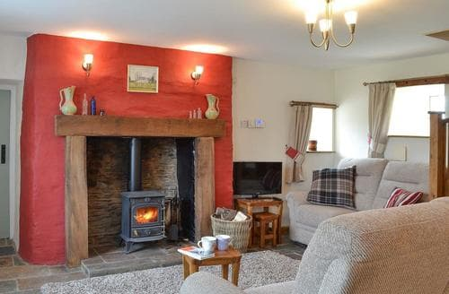 Last Minute Cottages - Bryntrisant