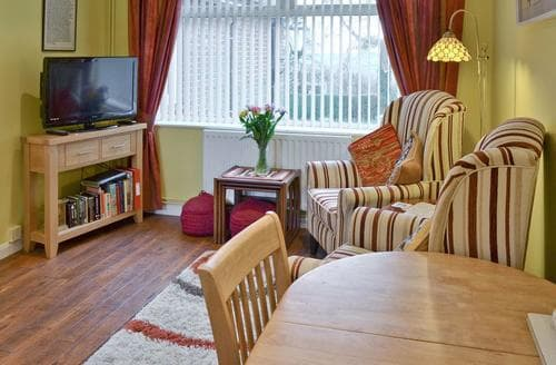 Last Minute Cottages - Tasteful Maidstone Apartment S44913