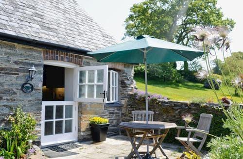Last Minute Cottages - Shamrock Cottage