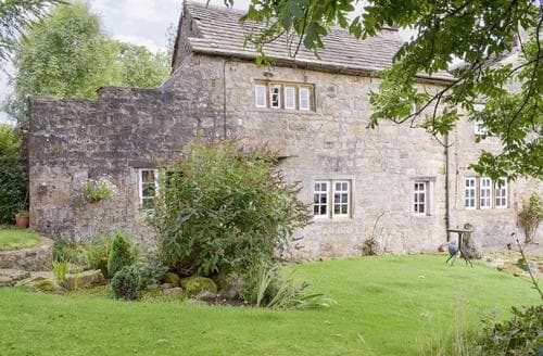Last Minute Cottages - Luxury Clitheroe Cottage S18233