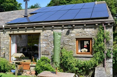 Last Minute Cottages - Charming Holmfirth Cottage S85856