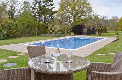 Last Minute Cottages - Rookwood Lodge