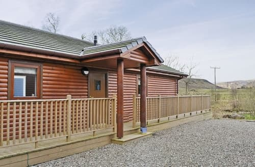 Last Minute Cottages - Wonderful Crieff Lodge S23365