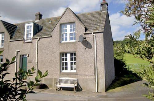 Last Minute Cottages - Near Bank Cottage