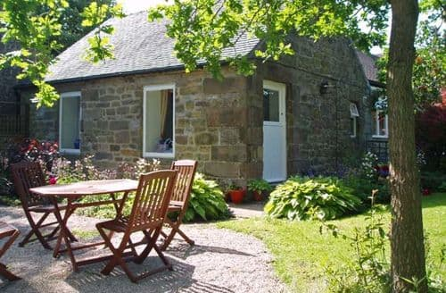 Last Minute Cottages - Quaint Matlock Cottage S3012