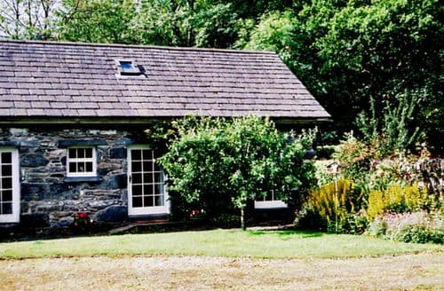 Last Minute Cottages - Royal Oak Farm Cottage