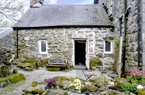 Last Minute Cottages - Cefn Coch Isaf