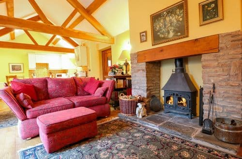 Last Minute Cottages - Healer's Cottage