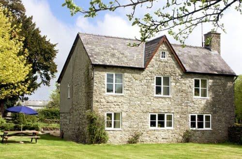 Last Minute Cottages - Court Cottage