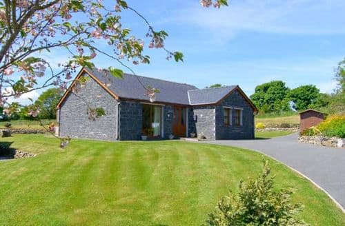 Last Minute Cottages - Attractive Gaerwen Clyd S4719