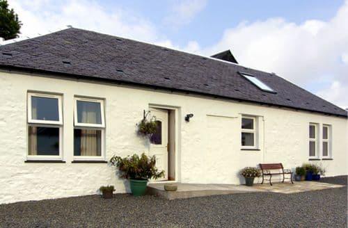 Last Minute Cottages - Delightful Mauchline Cottage S4724