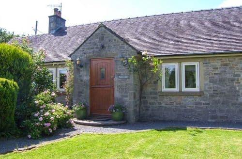 Last Minute Cottages - Superb Ashbourne Rest S3218