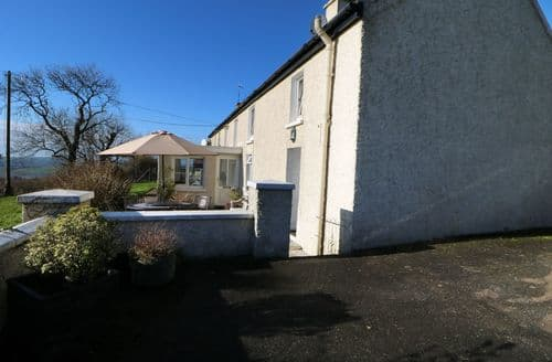 Last Minute Cottages - Attractive  View S4749