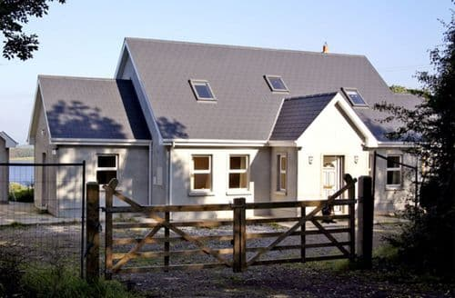 Last Minute Cottages - Inviting  Rental S4789