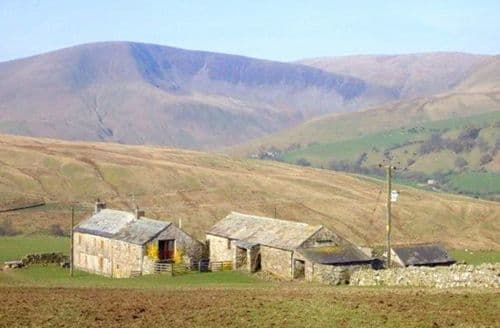 Last Minute Cottages - Wray Green