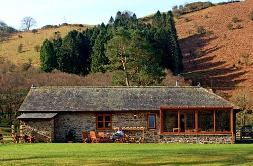 Last Minute Cottages - Crych Du