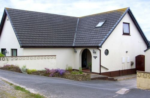Big Cottages - Adorable Pembroke Dock Reach S4849