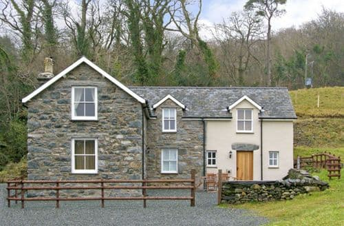 Last Minute Cottages - Excellent Talsarnau Llwyn S4908