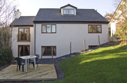 Last Minute Cottages - Cosy Coniston Fold S3345