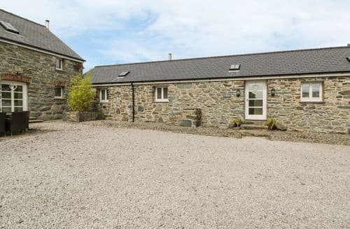 Last Minute Cottages - Attractive Llanfairpwllgwyngyll Stables S4913