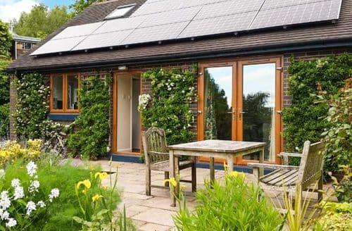 Big Cottages - Wonderful Stoke On Trent Cottage S3353
